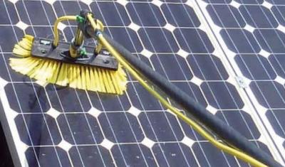 Nettoyage de panneaux photovoltaiques chez Maviesifacile.com